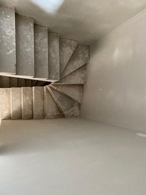Dent creuse travaux escalier La Comblé